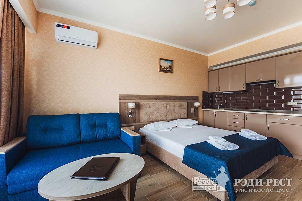 Курортный комплекс ИваМария. Полулюкс семейный с мини-кухней