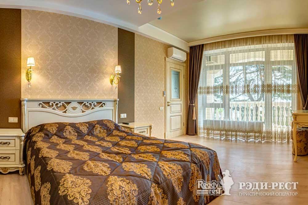 Курортный комплекс ИваМария. Семейные апартаменты с кухней