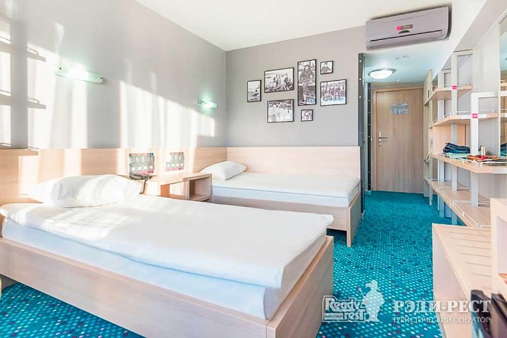 Отель Ялта-Интурист 4*. Стандарт с 2 кроватями