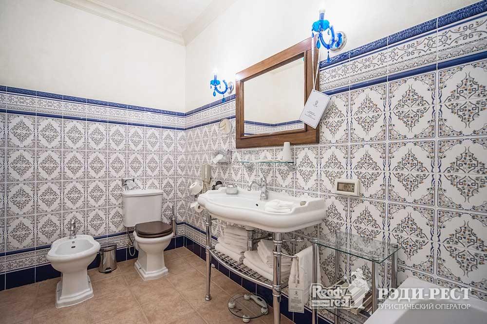 Отель и резиденции Вилла Елена 5* Апартамент