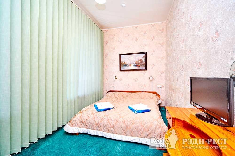 Гостиница Омега-Клуб Апартаменты «Приват»