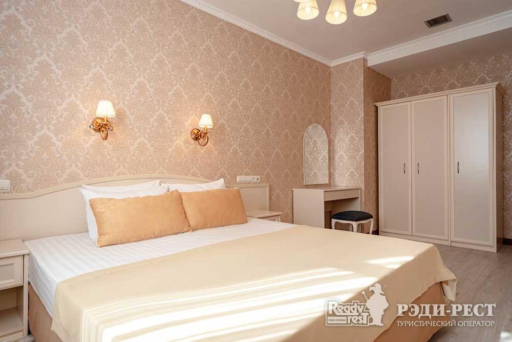 Cанаторно-курортный комплекс Сосновая роща 4*. Apartments VIP, корпус 3