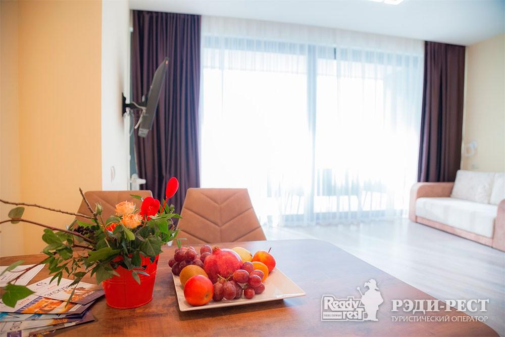 Апарт-отель Гурзуф Ривьера. Улучшенный апартамент-студио<br><br> с видом на море (214)