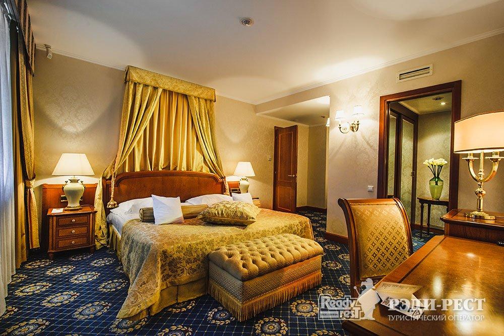 Гостиница Ореанда 5*. Апартамент «Екатерина II»
