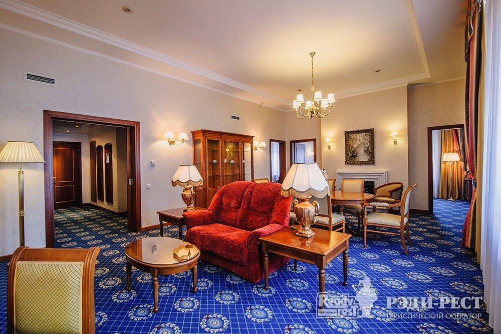 Гостиница Ореанда 5*. Апартамент «Чехов»