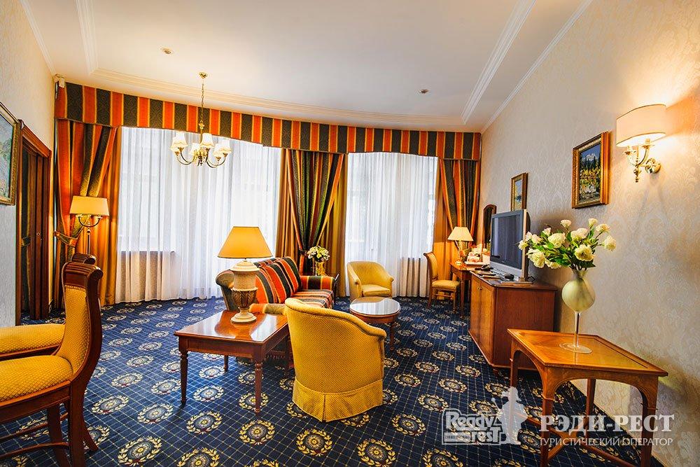 Гостиница Ореанда 5*. Апартамент «Голицын»