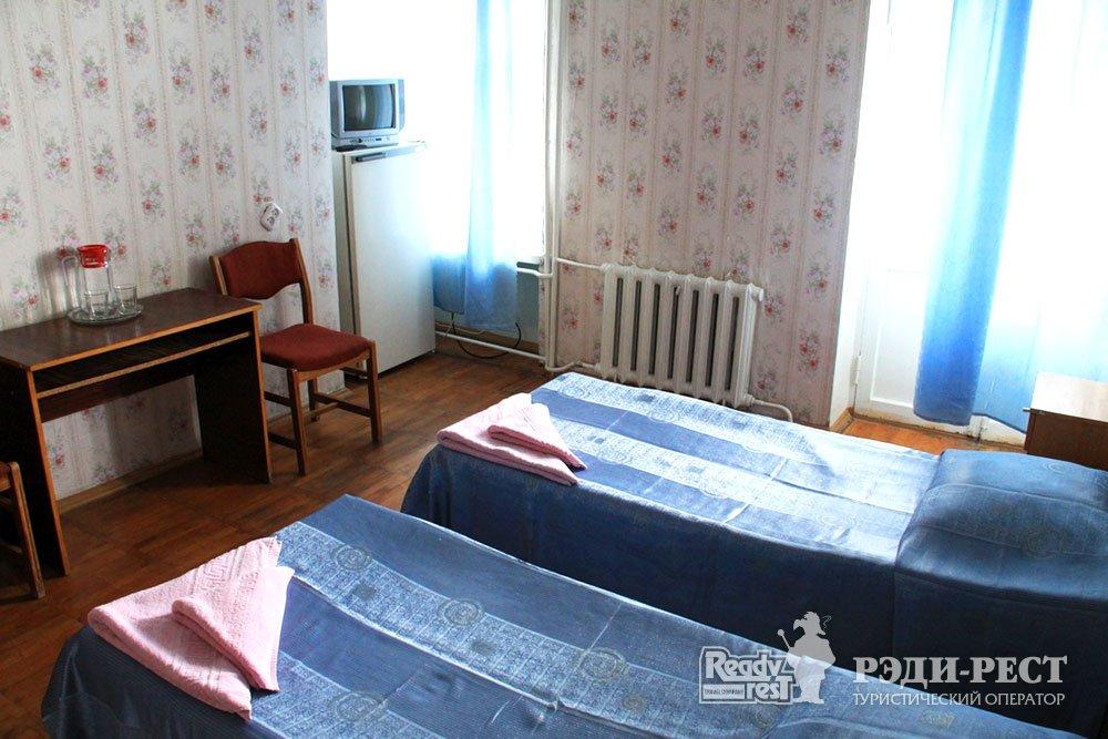 Гостиничный комплекс Юстас-Крым. Эконом, вид на море, балкон, корпус 3