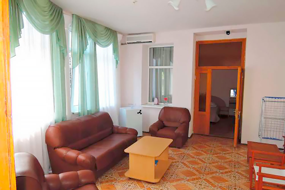 Гостиничный комплекс Юстас-Крым Люкс, вид на море, корпус 2