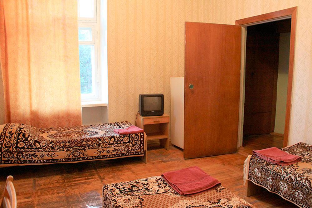 Гостиничный комплекс Юстас-Крым Эконом, вид на парк, без балкона, корпус 3