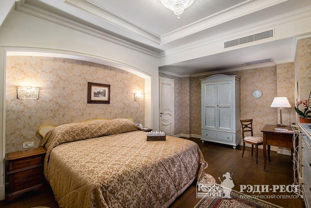 Отель и резиденции Вилла Елена 5* Панорамный пентхаус