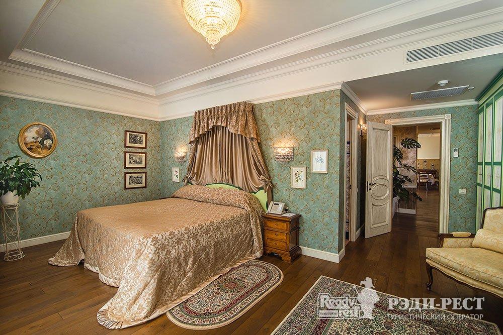 Отель и резиденции Вилла Елена 5* Королевский Пентхаус