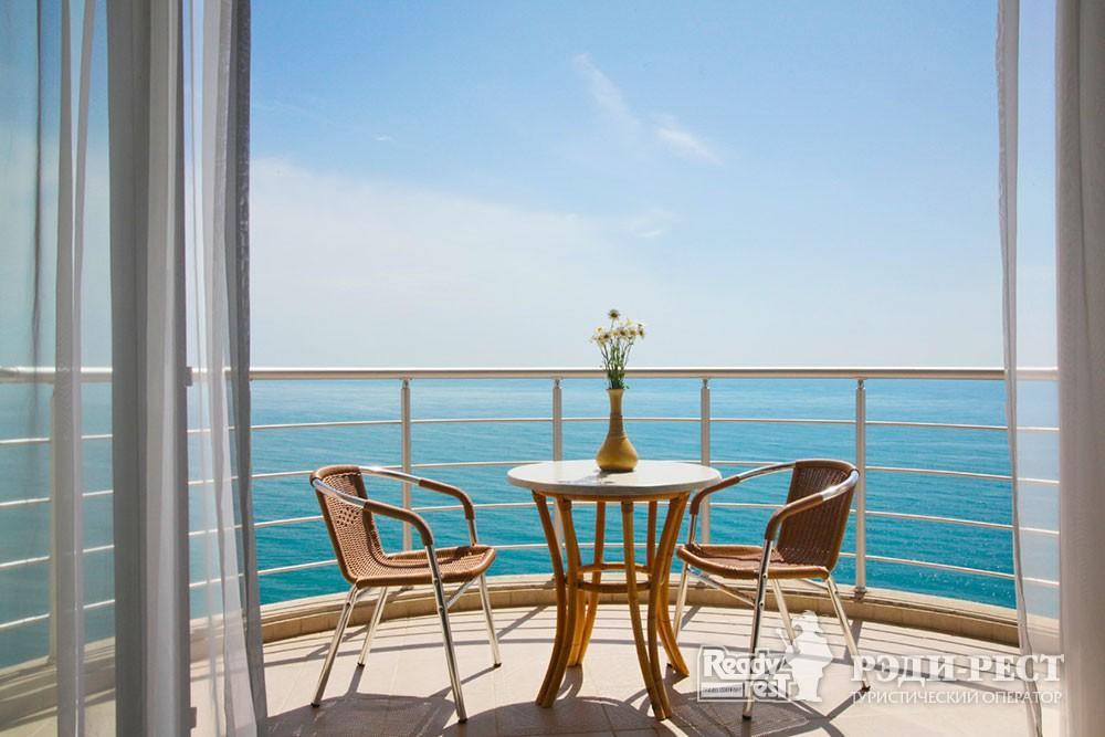 Отель Море 4*. Большая Алушта