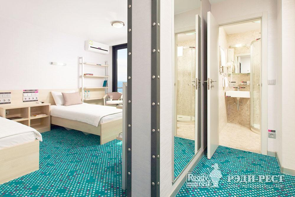Отель Грин Парк 3* Улучшенный с 2 кроватями
