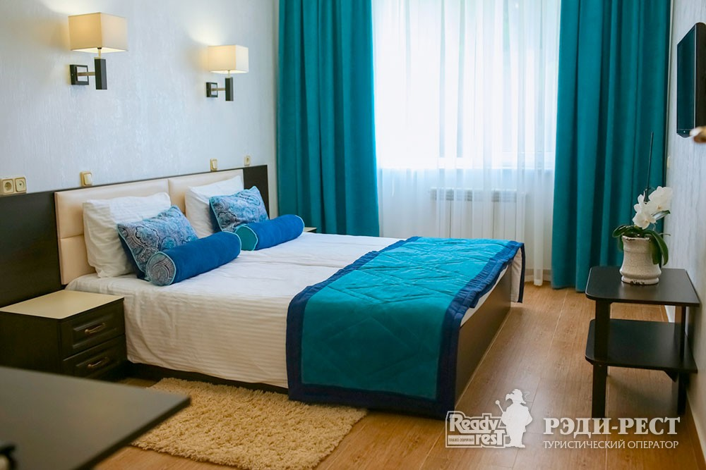 Парк-отель Демерджи. Комфорт трехкомнатный с кухней
