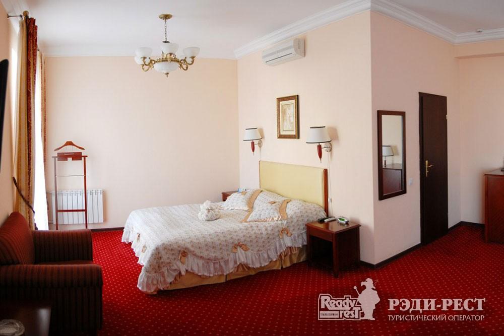 Гостиница Севастополь. Полулюкс