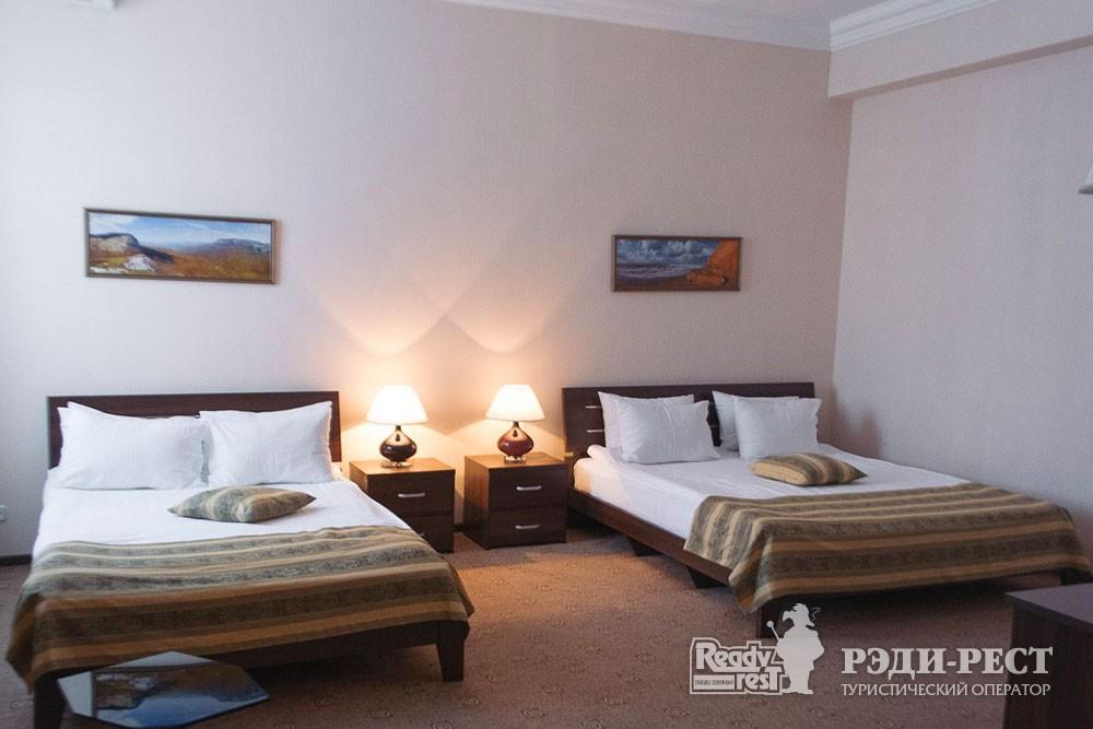 Гостиница Севастополь. Стандарт 2-местный Twin