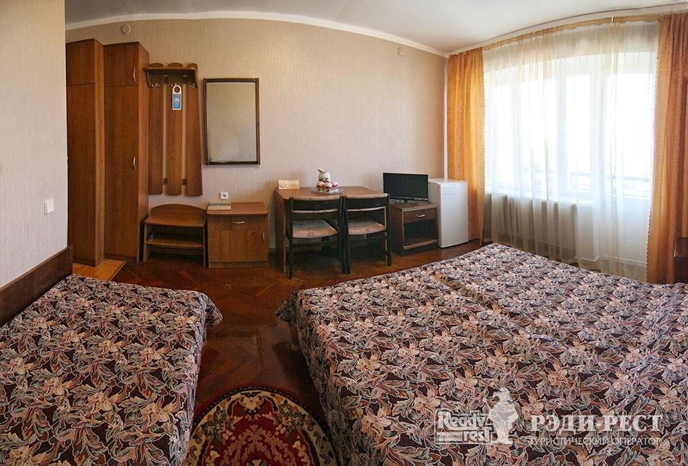 Туристско-оздоровительный комплекс Евпатория 1-комнатный 3-местный с кондиционером