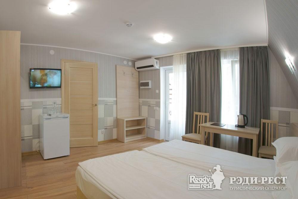Туристско-оздоровительный комплекс Приморье коттедж 2-комнатный №3