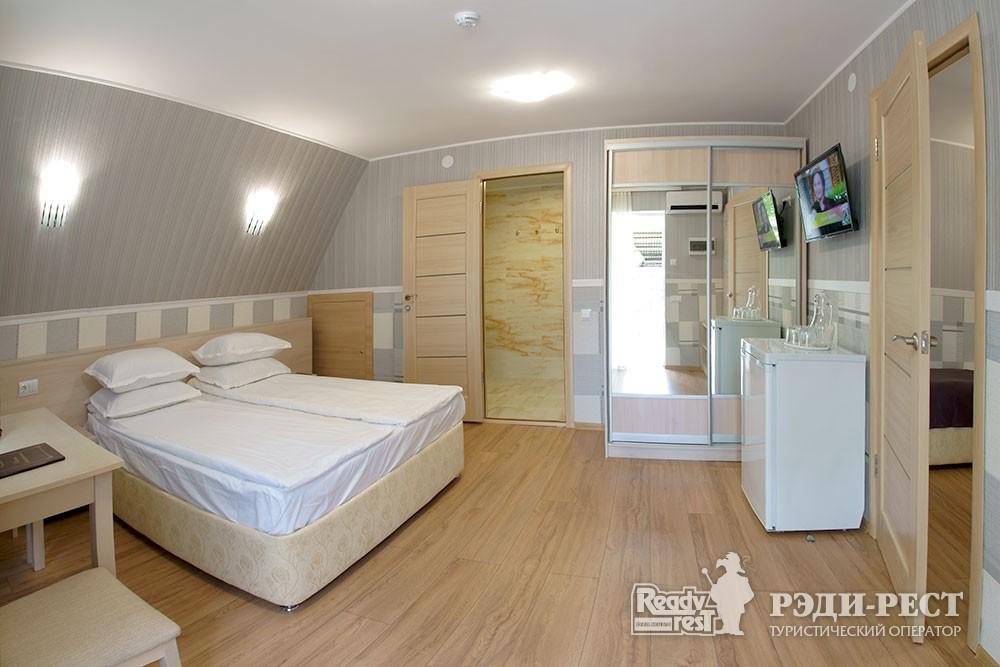 Туристско-оздоровительный комплекс Приморье. коттедж 2-комнатный №3