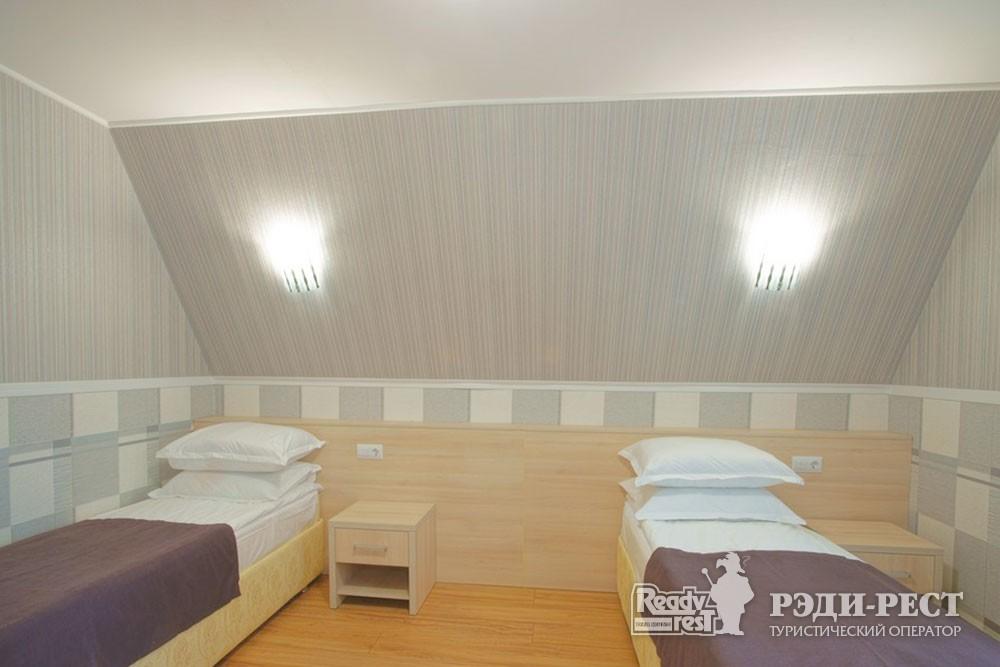 Туристско-оздоровительный комплекс Приморье. коттедж 2-комнатный №1,2,4,5,6