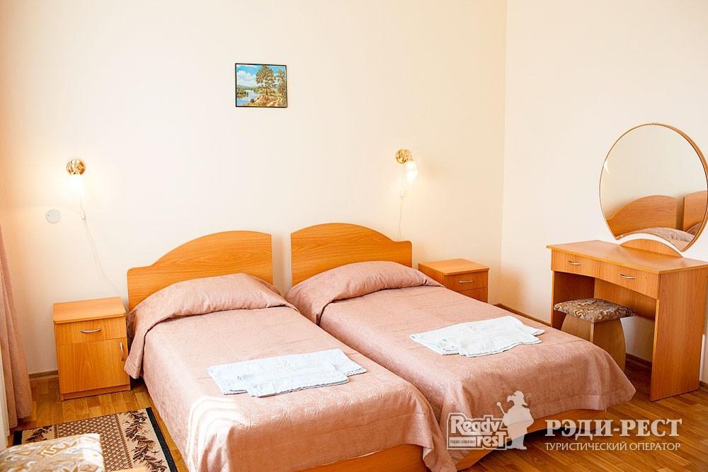 Туристско-оздоровительный комплекс Судак. 1-комнатный 2-местный (Админ. корпус)