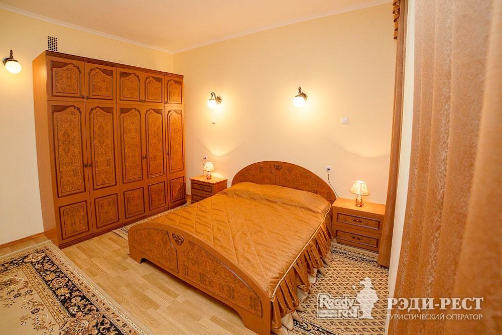 Туристско-оздоровительный комплекс Судак 2-комнатный 2-местный (корпус №1)