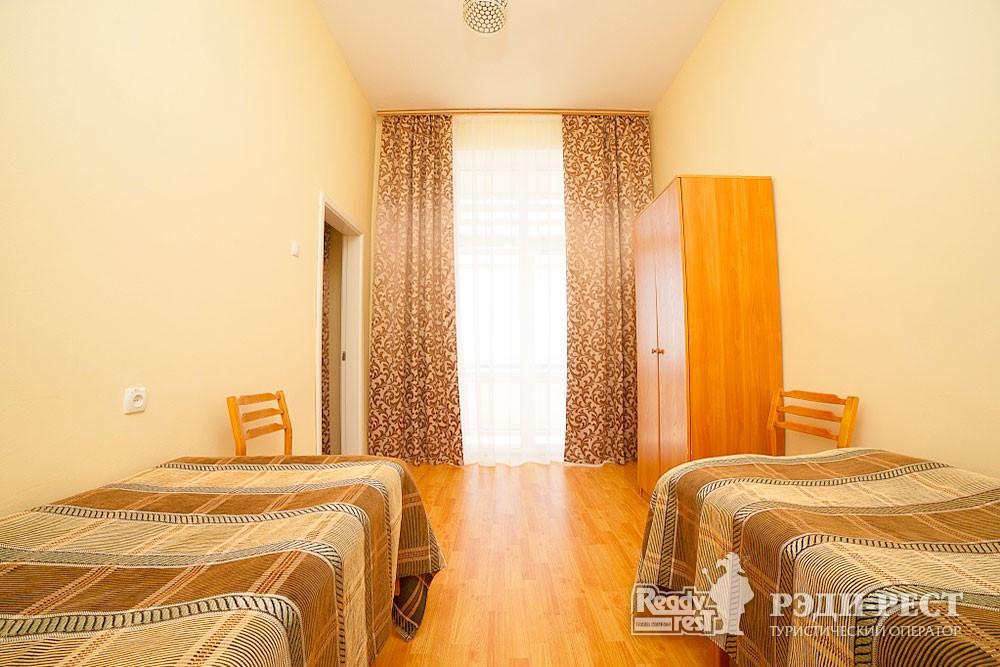 Туристско-оздоровительный комплекс Судак 2-комнатный 2-местный (корпус №2)