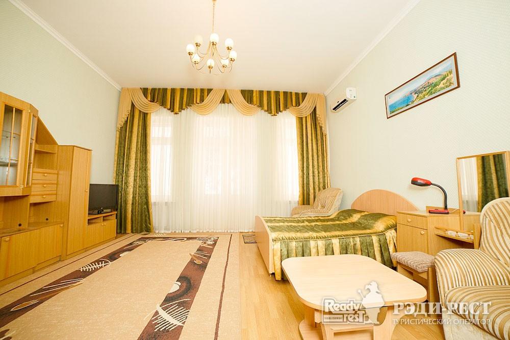 Туристско-оздоровительный комплекс Судак 1-комнатный 2-местный (корпус №3)