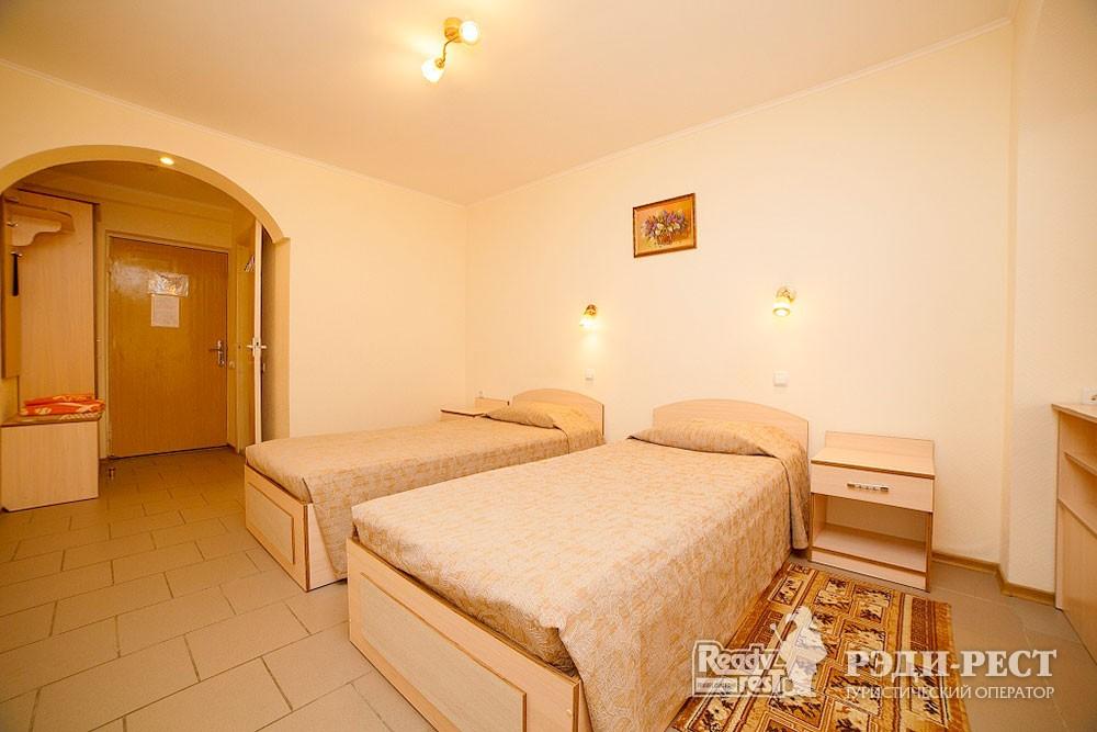 Туристско-оздоровительный комплекс Судак. 1-комнатный 2-местный (корпус №4)