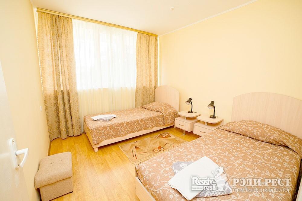 Туристско-оздоровительный комплекс Судак 2-комнатный 2-местный (корпус №5)