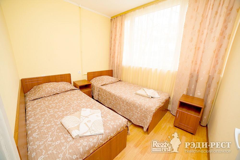 Туристско-оздоровительный комплекс Судак. 2-комнатный 2-местный (корпус №5)