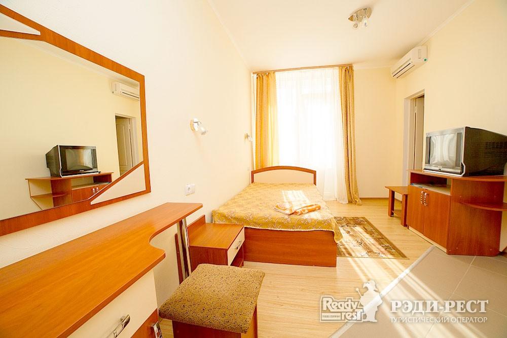 Туристско-оздоровительный комплекс Судак. 1-комнатный 1-местный (корпус №11)