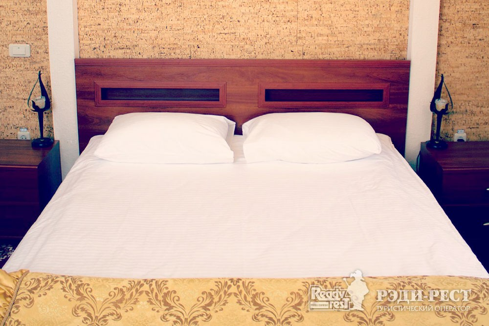 Отель Даккар 3*. Люкс 2-комнатный