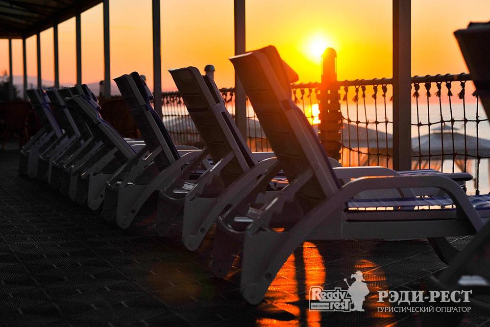 Отель Порто Маре (Porto Mare) 4*. Большая Алушта