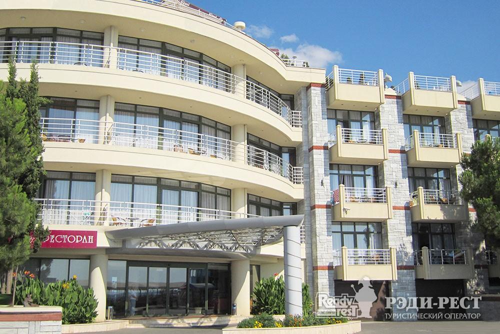 Отель Аквапарк 4*. Большая Алушта
