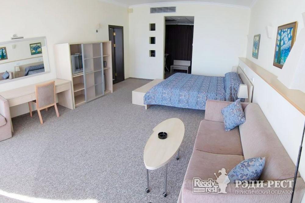 Отель Аквапарк 4*. Люкс