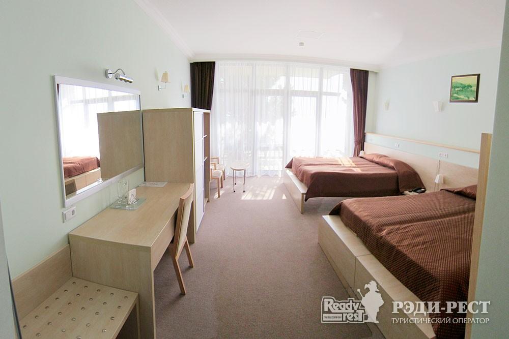 Отель Аквапарк 4*. Комфорт 3-местный
