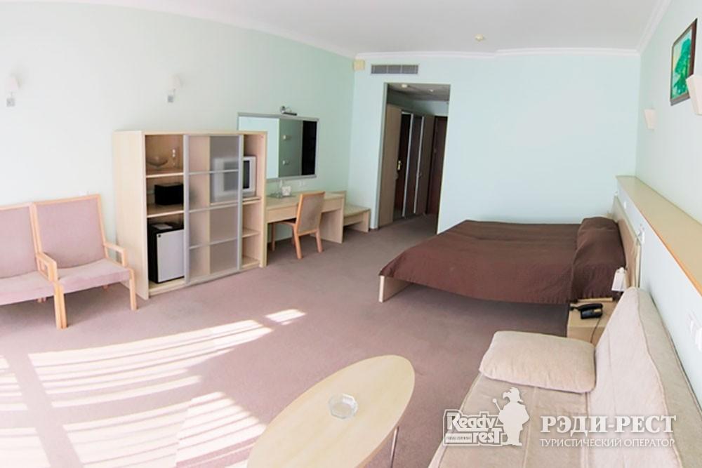 Отель Аквапарк 4*. Комфорт 2-местный