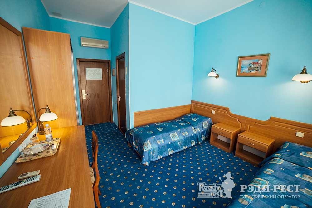 Отель Бристоль 3*. Стандарт В