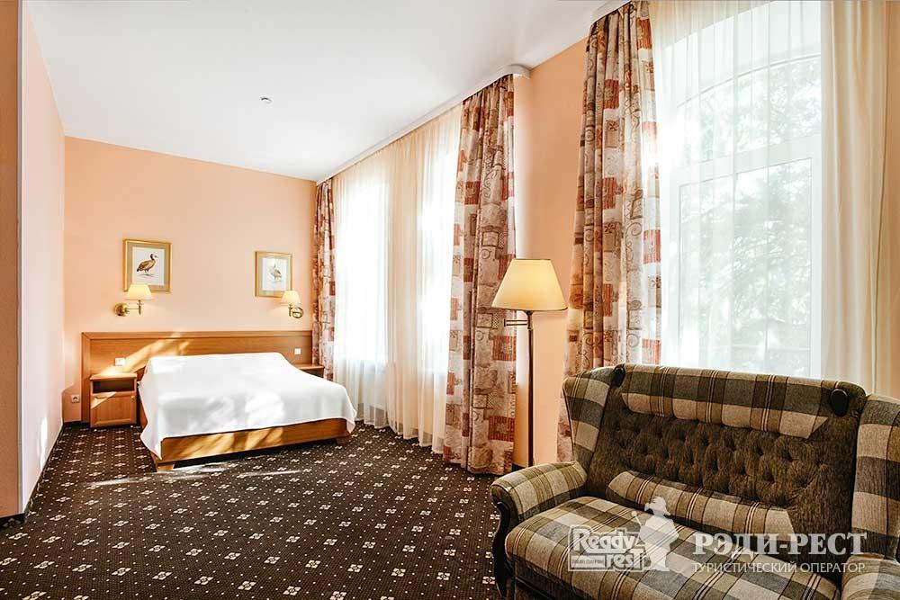 Отель Бристоль 3*. Супериор
