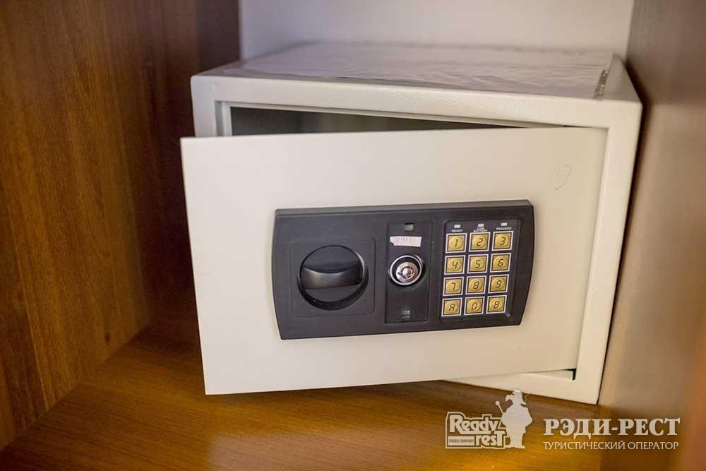 Парк-отель Песочная Бухта 3-4* Люкс 2-комнатный, корпус Посейдон