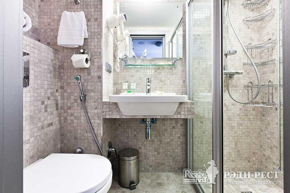 Отель Ялта-Интурист 4* Улучшенный с 1 кроватью