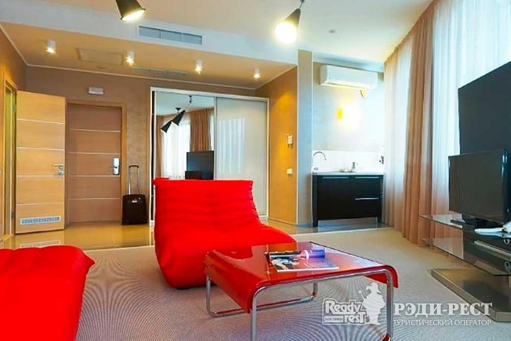 Гостиничный комплекс Европа 4* Апартаменты «Делюкс»