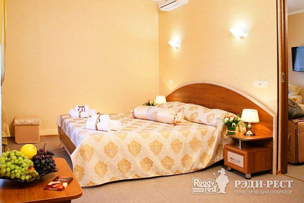 Курортный комплекс Голден Резорт 3*. Suite