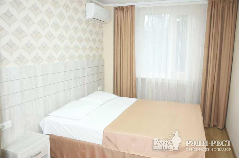 Туристско-оздоровительный комплекс Восход. коттедж 2-комнатный с мини-кухней