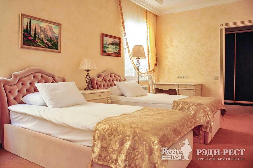 Cанаторно-курортный комплекс Сосновая роща Диана, вилла