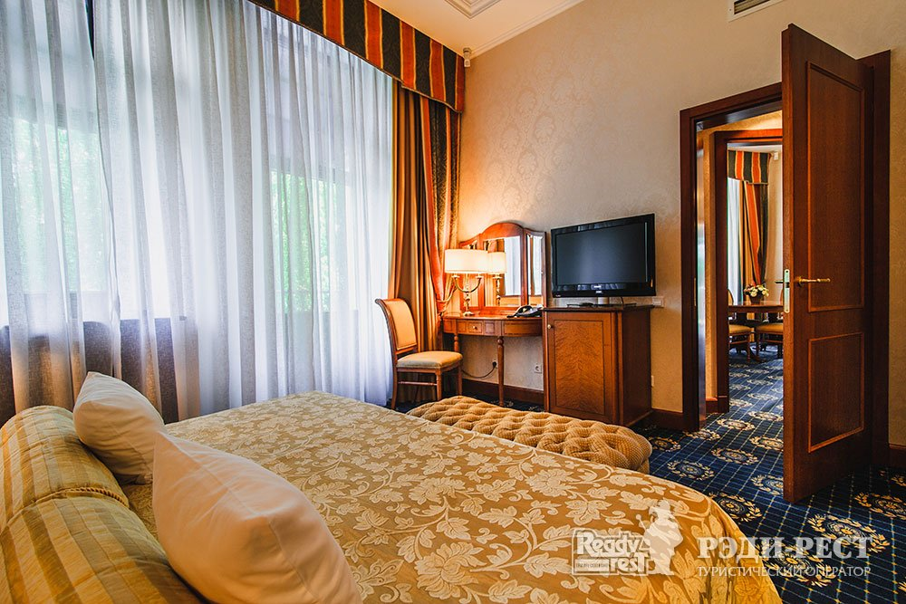 Гостиница Ореанда 5* Апартамент «Голицын»