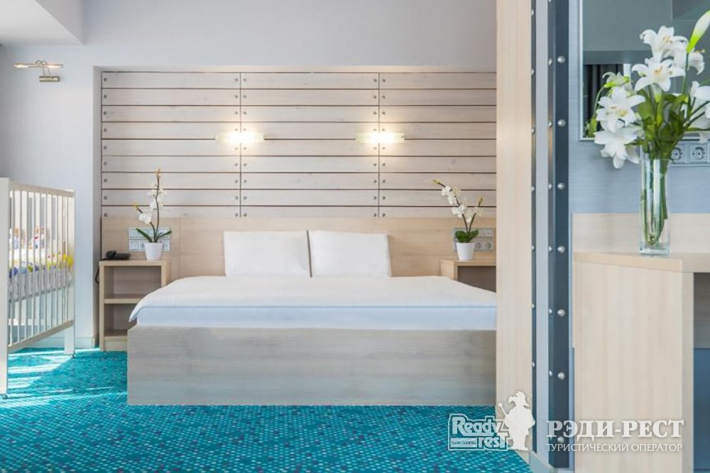 Гостиничный комплекс Ялта-Интурист 4* Люкс студио