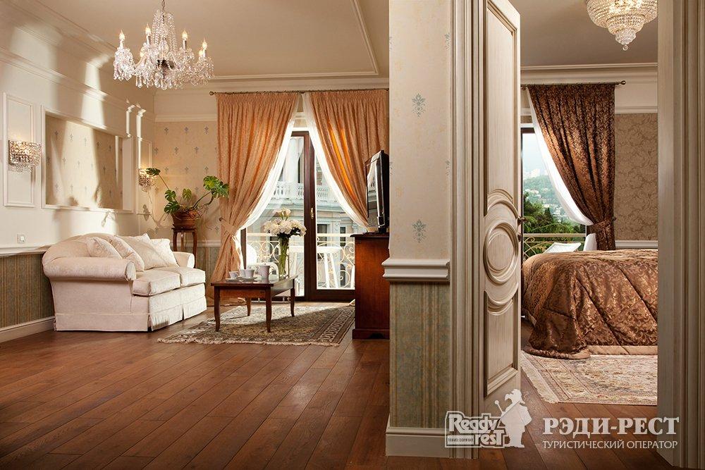 Отель и резиденции Вилла Елена 5*. Люкс Классик