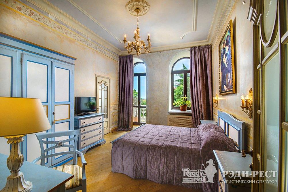 Отель и резиденции Вилла Елена 5*. Люкс Премиум